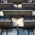 Dessous_les_balcons